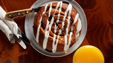 Cinnamon roll from Bothell's Beardslee Public House