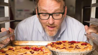 15 Minutes with Chris Porter, owner of A la Mode Pies